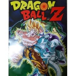 Super Saiyan Goku pelea con...